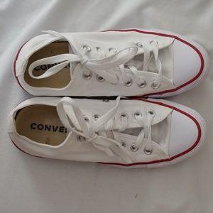 White lowtop converse